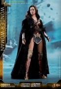 Hot Toys WONDER WOMAN Justice League DELUXE 12