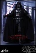Hot Toys DARTH VADER Star Wars 12