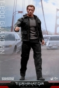 Hot Toys TERMINATOR GENISYS T-800 GUARDIAN 12