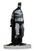 MIGNOLA Batman BLACK & WHITE Statue