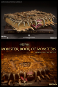 Harry Potter MONSTER BOOK 1:1 Replica INSIGHT COLLECTIBLES Libro