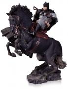 DC RET CALL TO ARMS Batman HORSE YEAR Dark Knight STATUE