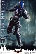 Hot Toys ARKHAM KNIGHT Batman 1/6 Figure