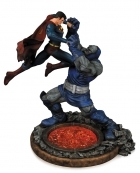 DC Superman vs Darkseid STATUE 2nd Edition