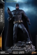 Hot Toys BATMAN DELUXE Justice League 12