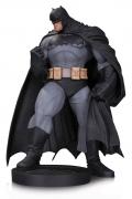 DC BATMAN Designer ANDY KUBERT Statue