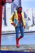 Hot Toys SPIDER-MAN DELUXE HOMECOMING 1/6 Spiderman 12