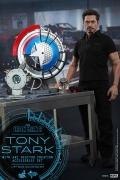 Hot Toys TONY STARK Arc Creation IRON MAN 1/6 Figure SET