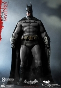 Hot Toys ARKHAM CITY Batman 12