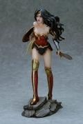 Fantasy Figure Gallery WONDER WOMAN Statue Yamato DC