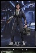 Hot Toys ELLEN RIPLEY Alien 12