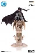 Iron Studios BATMAN by EDDIE BARROWS DLX 1/10 Art Statue