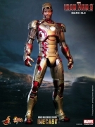 Hot Toys IRON MAN Diecast MARK XLII 12